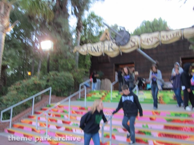 Swashbuckler at Six Flags Magic Mountain