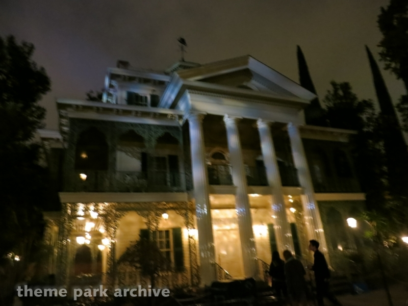 Haunted Mansion at Disneyland