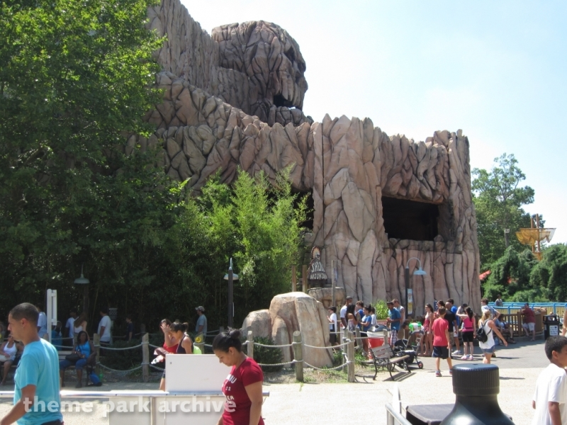 Skull Mountain at Six Flags Great Adventure