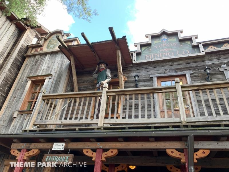 Devil's Mine Hotel at PowerPark