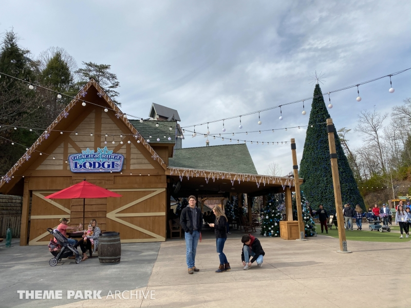 Plaza at Wilderness Pass at Dollywood