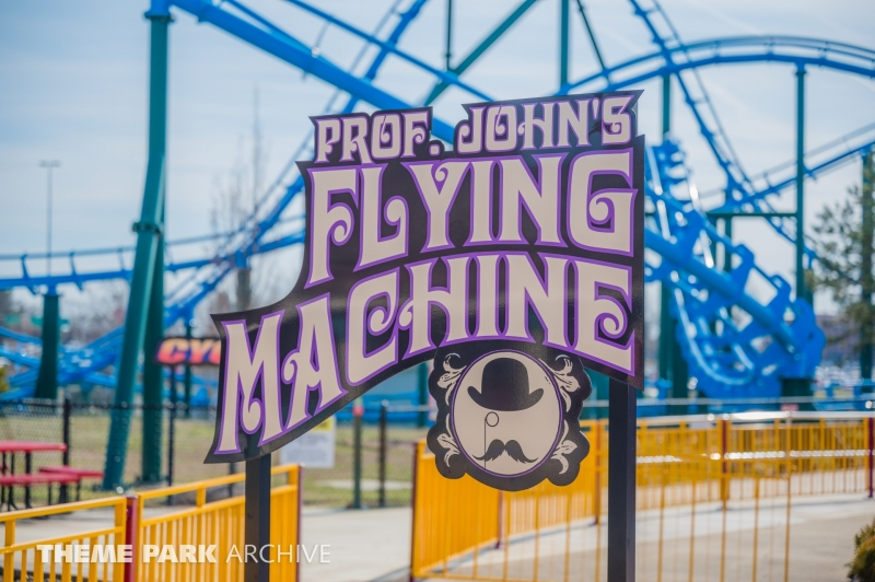Professor John's Flying Machine at Kentucky Kingdom