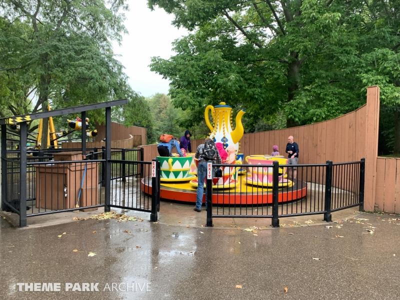 Twirling Teacups at Centreville Amusement Park