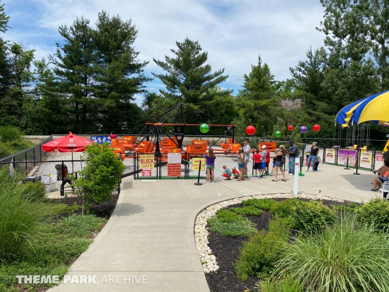 The Scrambler at Sluggers & Putters Amusement Park