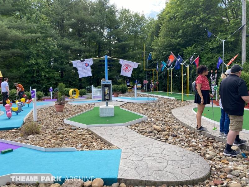 Olde Skool Golf at Sluggers & Putters Amusement Park