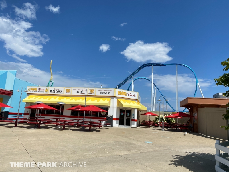 Pink's Hot Dogs at Cedar Point