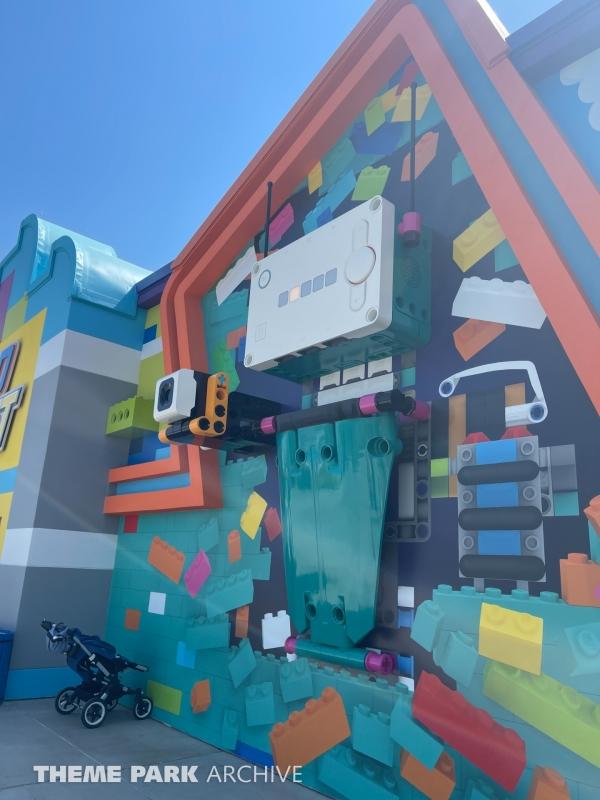Robotics Play Center & Creative Workshop at LEGOLAND New York