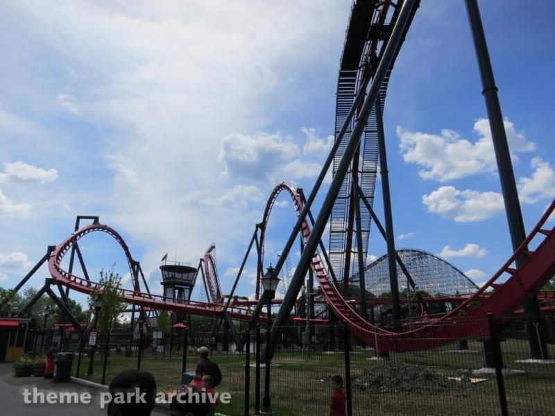 X Flight at Six Flags Great America
