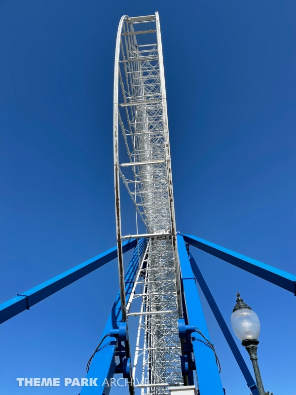 The Giant Wheel at Six Flags Darien Lake