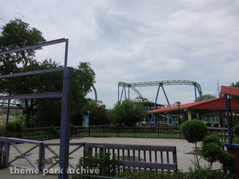 Shock Wave at Six Flags Over Texas