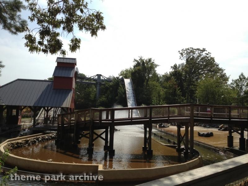 Plummet Summit at Magic Springs & Crystal Falls