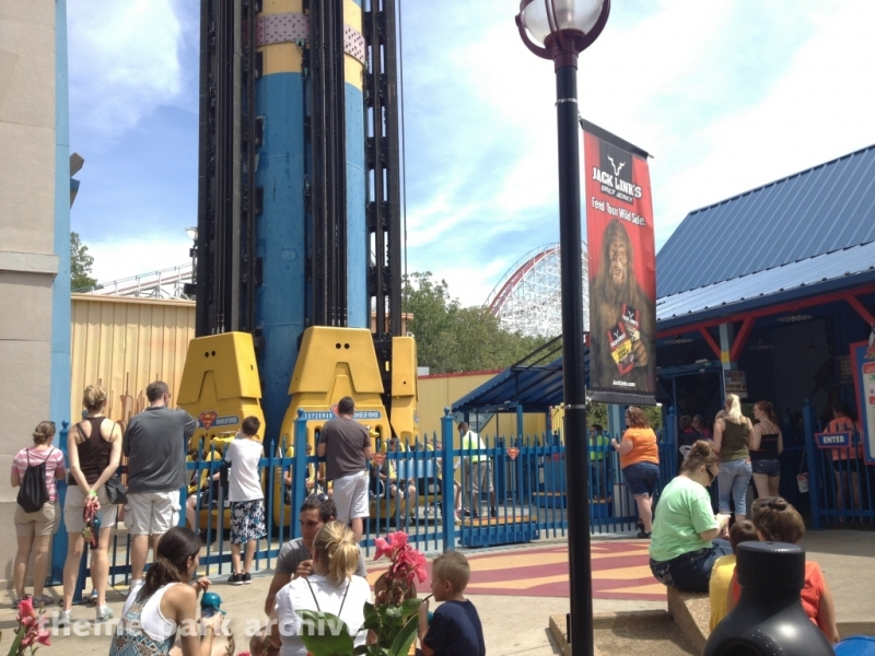 Superman Tower of Power at Six Flags St. Louis