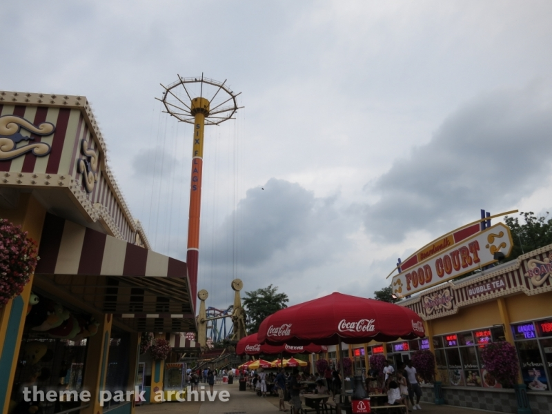 Parachute Training Center: Edwards AFB Jump Tower at Six Flags Great Adventure