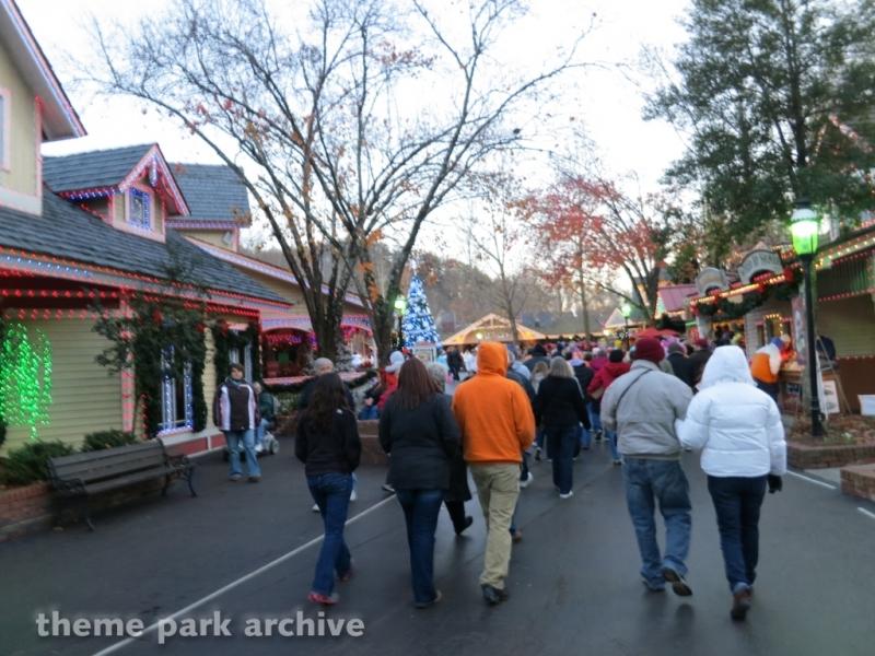 Showstreet at Dollywood