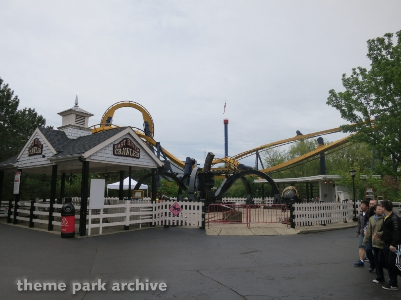 East River Crawler at Six Flags Great America