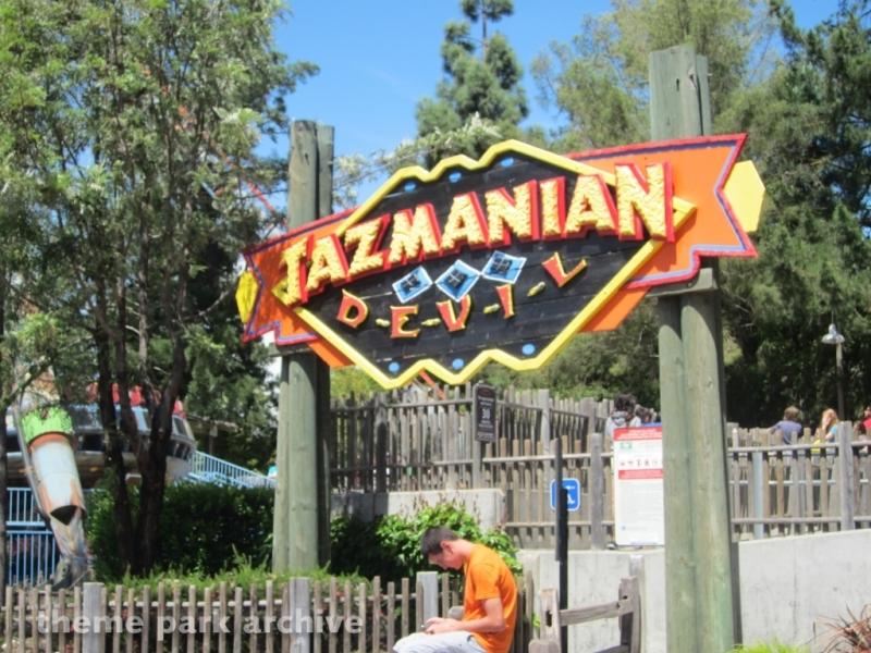 Tazmanian Devil at Six Flags Discovery Kingdom