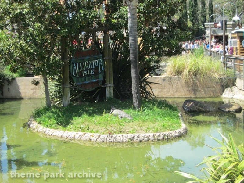 Alligator Isle at Six Flags Discovery Kingdom