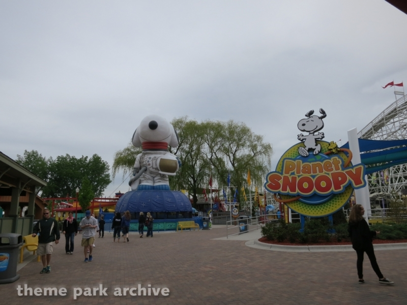 Planet Snoopy at Valleyfair