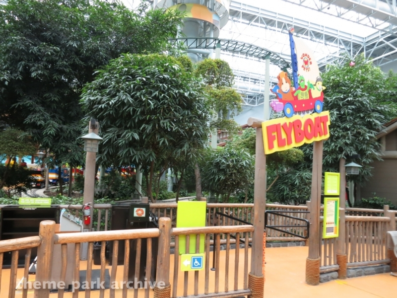 Flyboat at Nickelodeon Universe at Mall of America