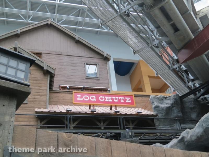 Paul Bunyan's Log Chute at Nickelodeon Universe at Mall of America