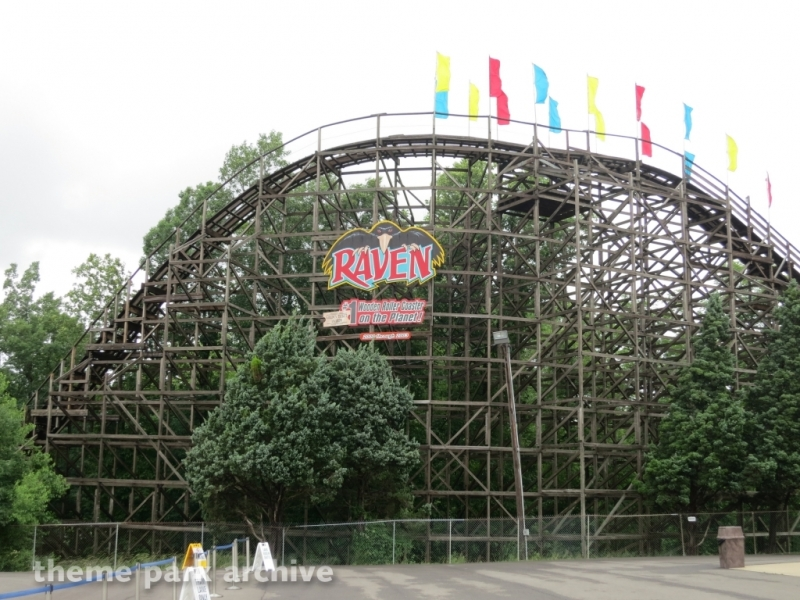 Raven at Holiday World