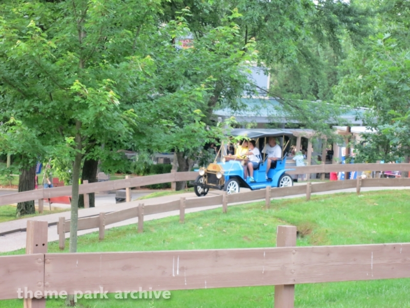 Lewis & Clark Trail at Holiday World