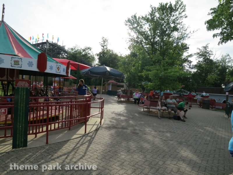 Rudolph's Reindeer Ranch at Holiday World