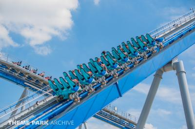 We share more photos from Kings Island