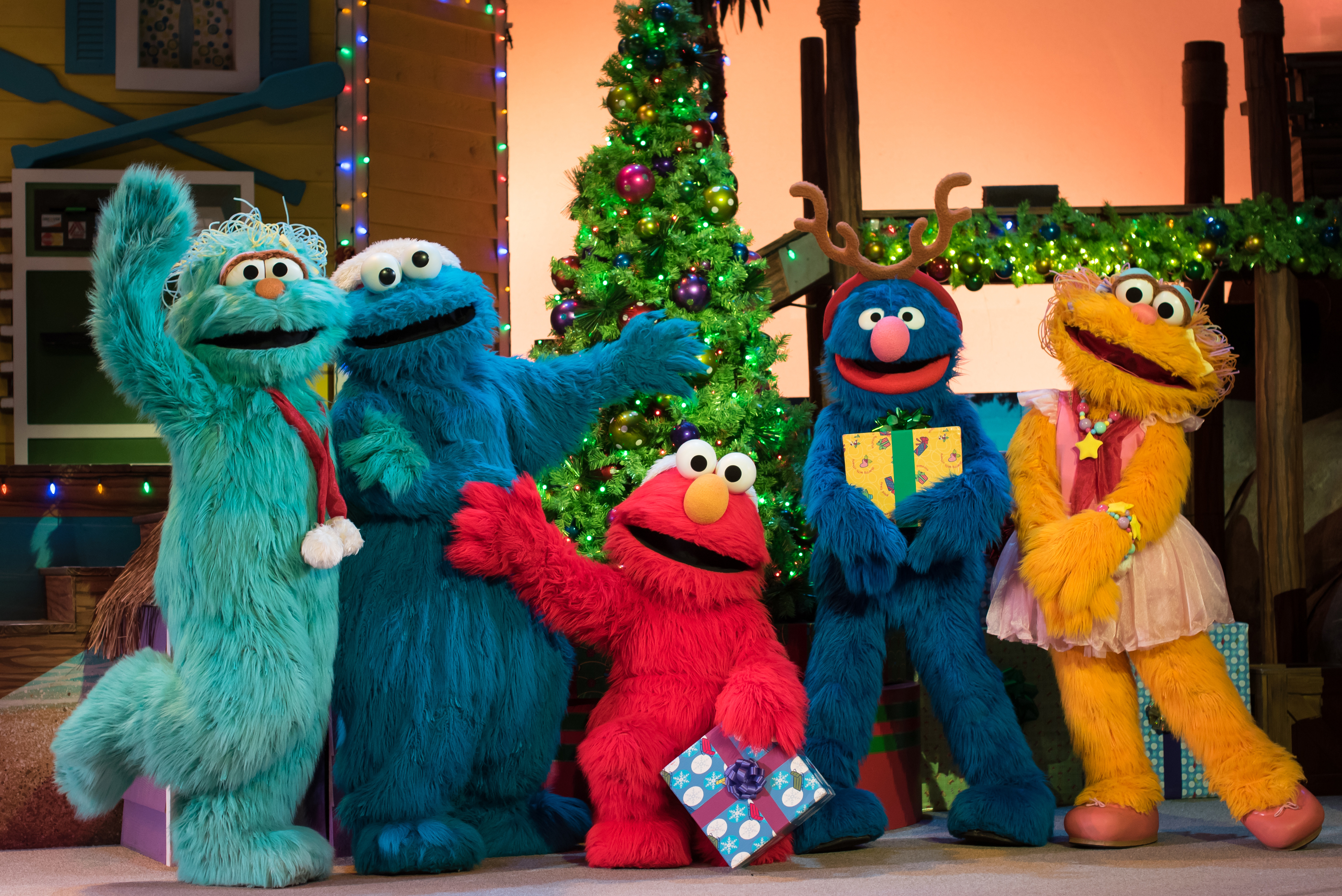 SeaWorld San Diego's Christmas Celebration Offers Unlimited Holiday Cheer at Limited Capacity Earlier than Ever Before